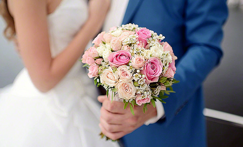 Money saving ideas for wedding flowers