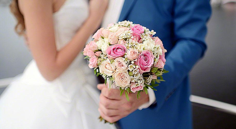 Money Saving Ideas For Wedding Flowers Via Modem